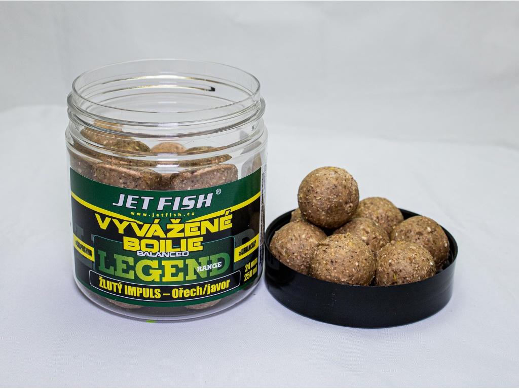 Vyvážené boilie JetFish Legend Range 250ml 24mm Žlutý impuls - Ořech/Javor